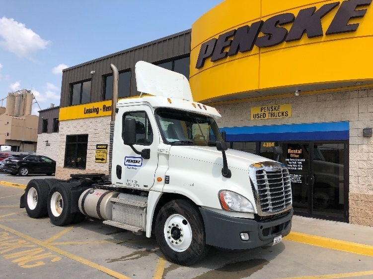Used 2011 Freightliner Cascadia 12564st Day Cab Tractor Unit